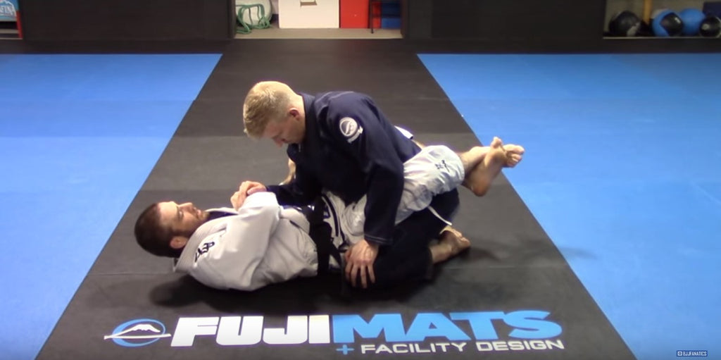 Lose Friends And Alienate Training Partners With This Wrist Lock By Travis Stevens!