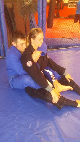 Bow and Arrow Back Choke Instruction Step 1