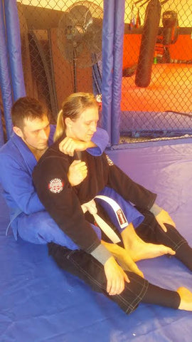 Bow and Arrow Back Choke Instruction Step 2