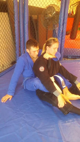 Bow and Arrow Back Choke Instruction Step 3