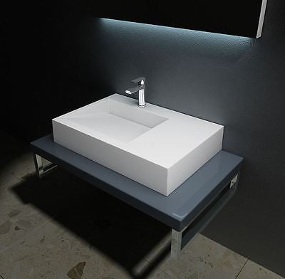 Colossum 11 mounted on basin shelf