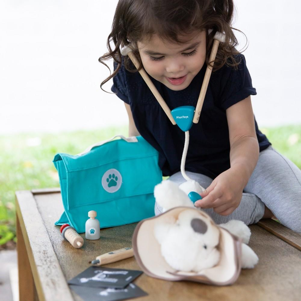 Plan Toys Vet Set - Wooden Gift Animal Gift Ideas - Lifestyle