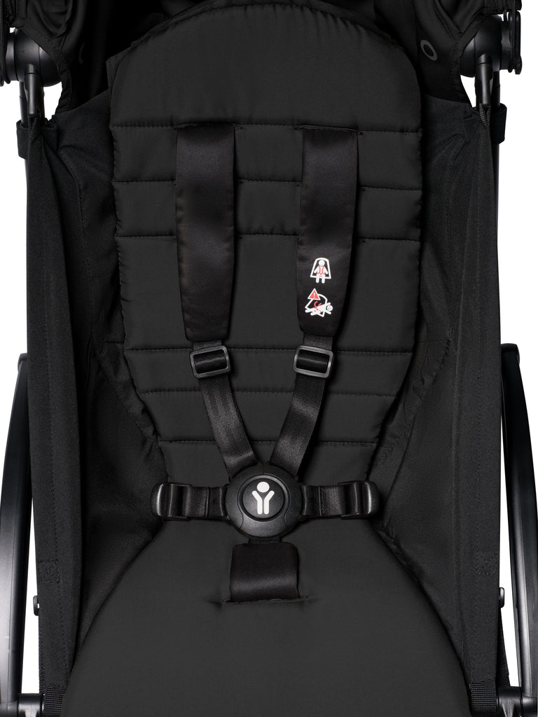 BABYZEN YOYO² Complete Stroller - Black - Close Up - The Baby Service