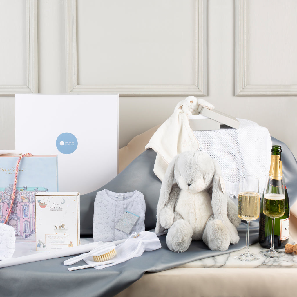 Luxury Baby Gift Box Hamper - Newborn Ideas - The Baby Service