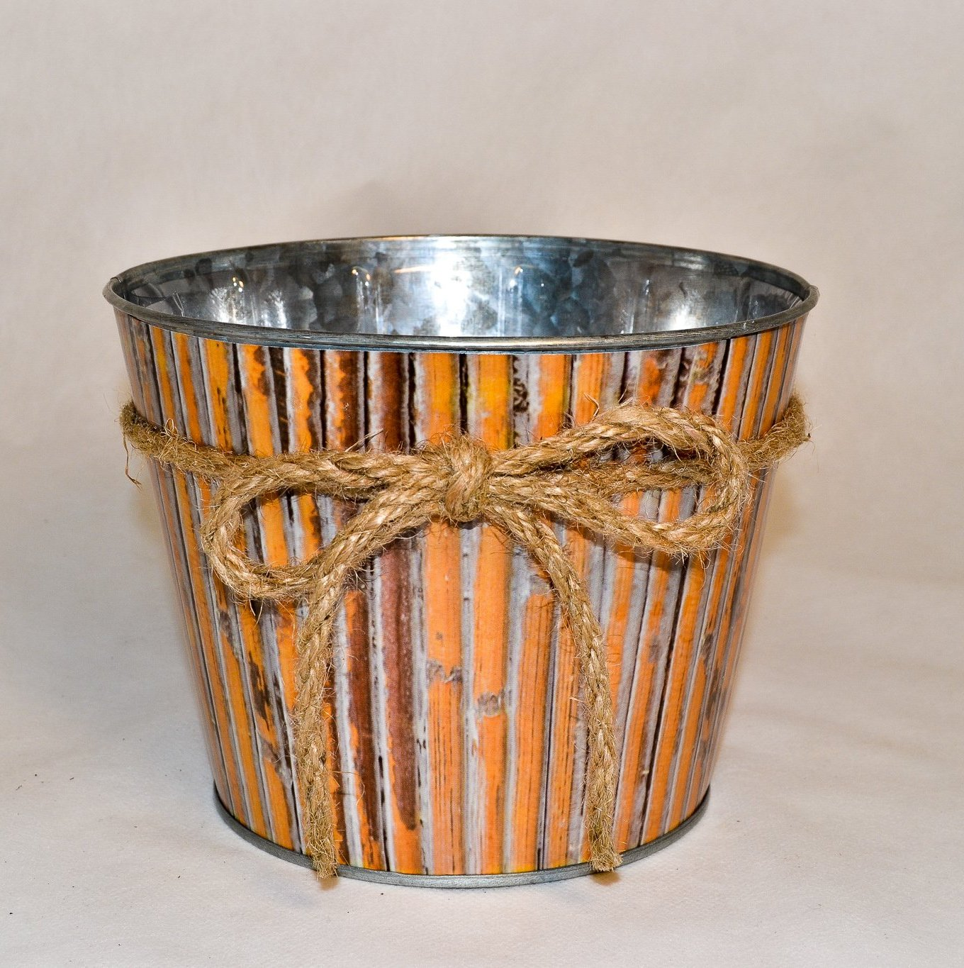 Bamboo Decor Metal Pot