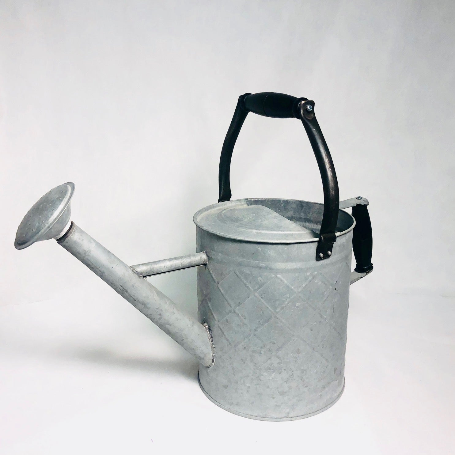 "Classic 16"" Watering Can"
