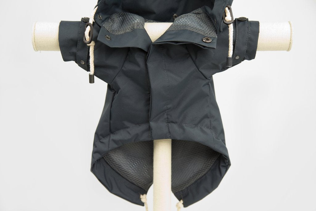 Max-Bone Talon Raincoat - Black