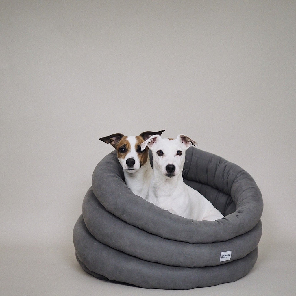 Hunting Pony Round Bed - Graphite