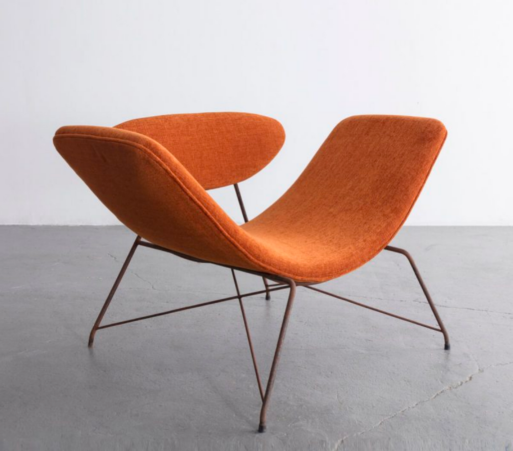 An exhibition by Brazilian Midcentury Modernists Carlo Hauner and Martin Eisler at R&Company included this lounge chair