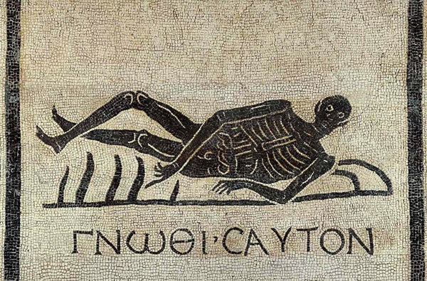 memento mori mosaic from excavations in the convent of San Gregorio in Rome means know thyself