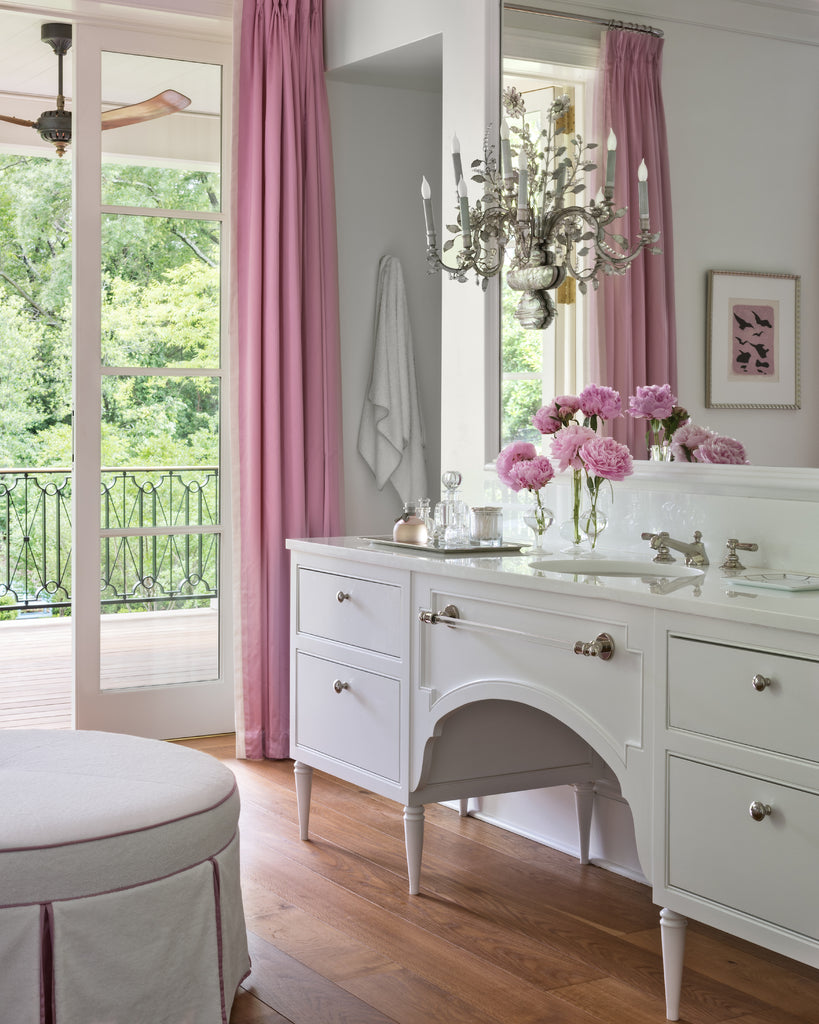 A bathroom designed by Suzanne Kasler in her new book Sophisticated Simplicity