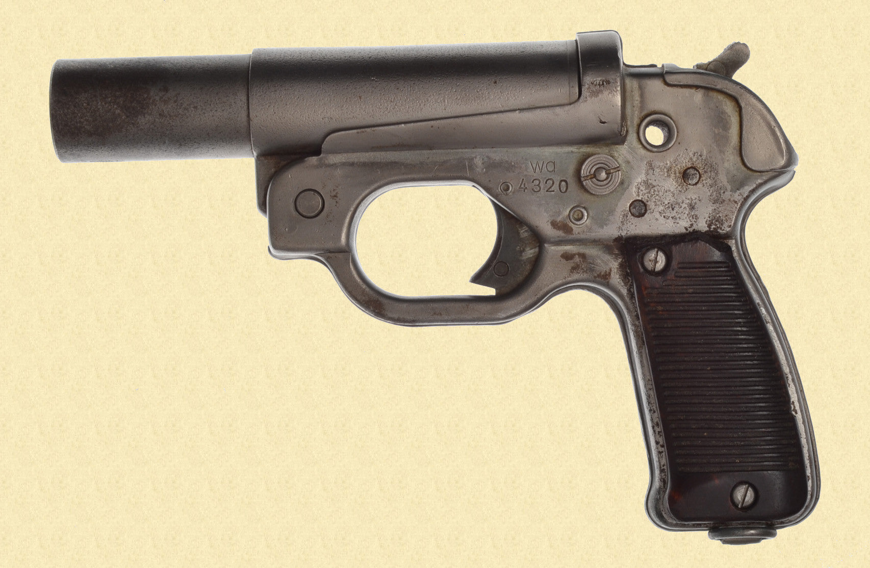 GERMAN WW2 LP 42 FLARE PISTOL
