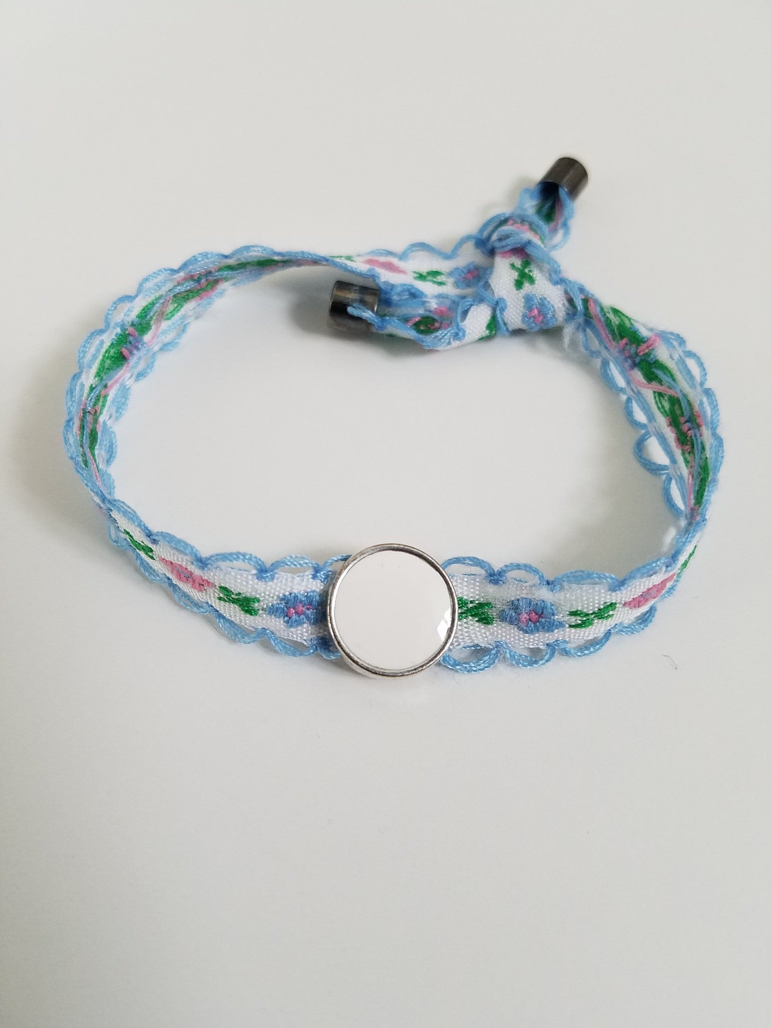 Embroidery Floral Bracelet - Floral with White Charm