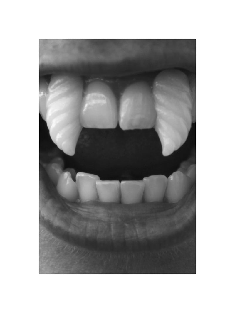 Deluxe Spiral Fangs, White
