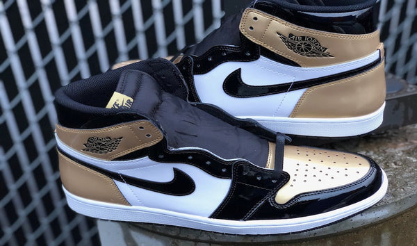 Air Jordan Retro 1 High OG Gold Toe