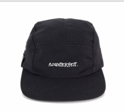 COUNTERFEIT. 5 Panel cap