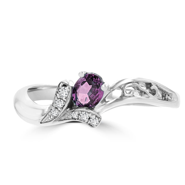 18K White Gold 1/4ct Oval-cut Brazilian Alexandrite and Diamond Ring (G-H, SI1-SI2) by La Vita Vital
