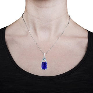 18k White Gold 7.00 cts Elongated-Cushion cut Tazanite and Diamond Accent Pendant