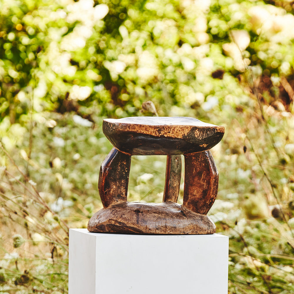 Tonka Stool with High Patina, Zimbabwe 3