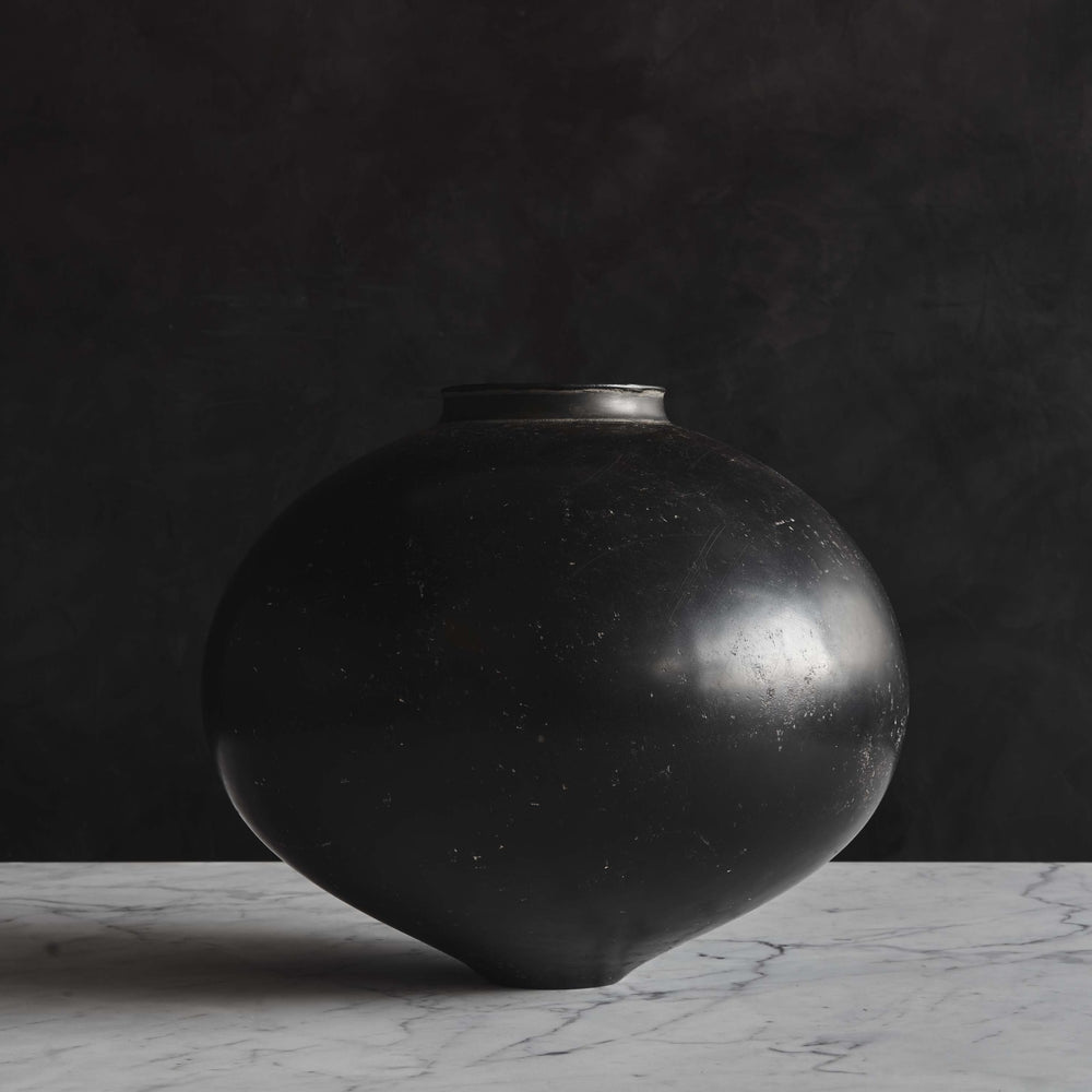 Kenta Anzai Black Jar Vase No. 1