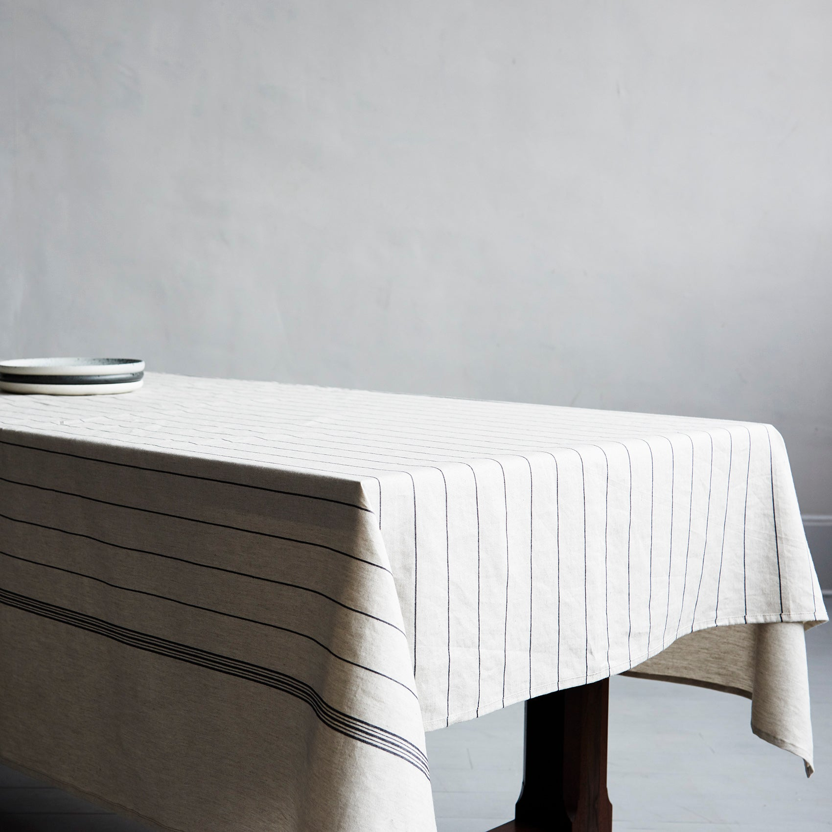 Charvet Editions Striped Tablecloth – Roman and Williams Guild
