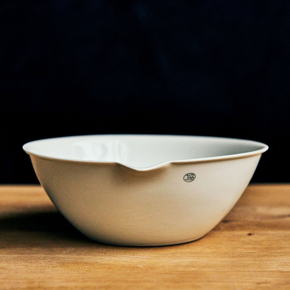Jipo Shallow Medium Nesting Pouring Dish