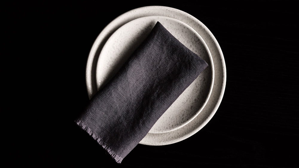 RW GUILD FRINGED FLAX LINEN NAPKIN, DARK GREY