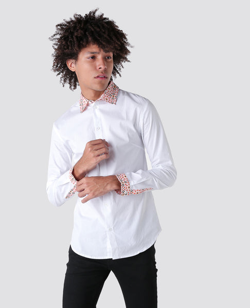White T shirt with pattern