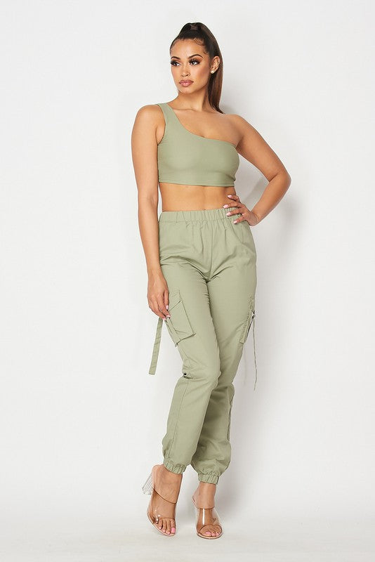 The Go Figure Crop Top Jogger Pant Set - Olive