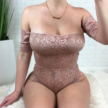 Off The Shoulder Lace Bodysuit - Mauve
