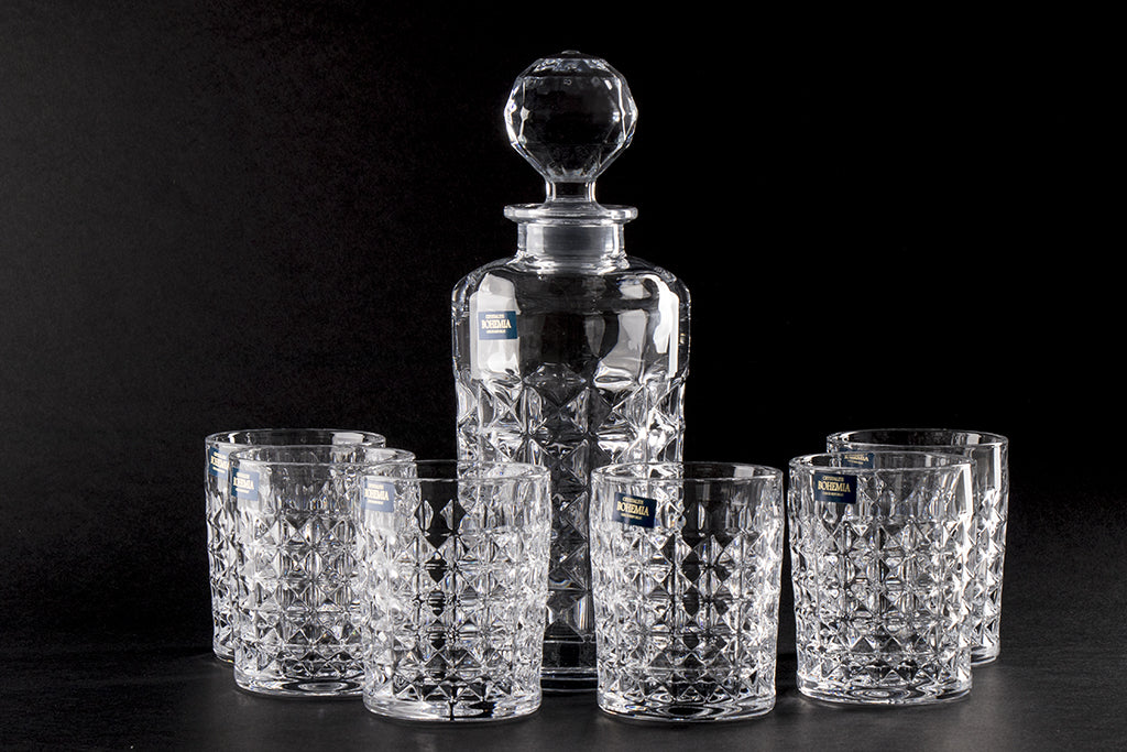 Crystal whiskey glass set