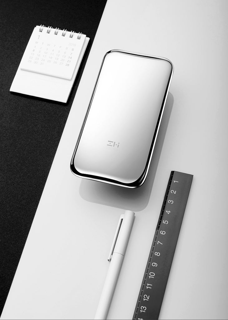 ZMI Space Silver Novelty USB Type-C Power Bank 6000mAh (Demo Only)