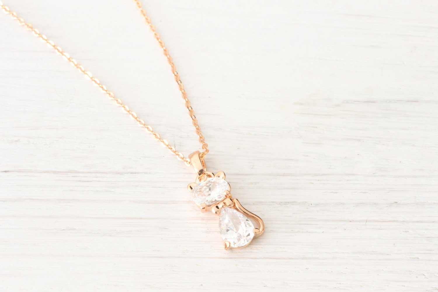 Dainty Rose Gold Cat Necklace Rhinestone Crystals - product_type] - Beautiz