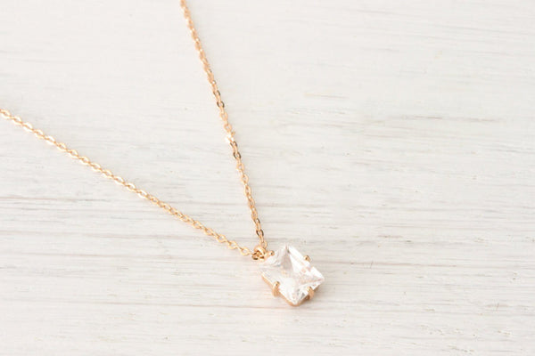 Tiny Minimalist Rose Gold rectangle Necklace Dainty, Simple ev Beautiz