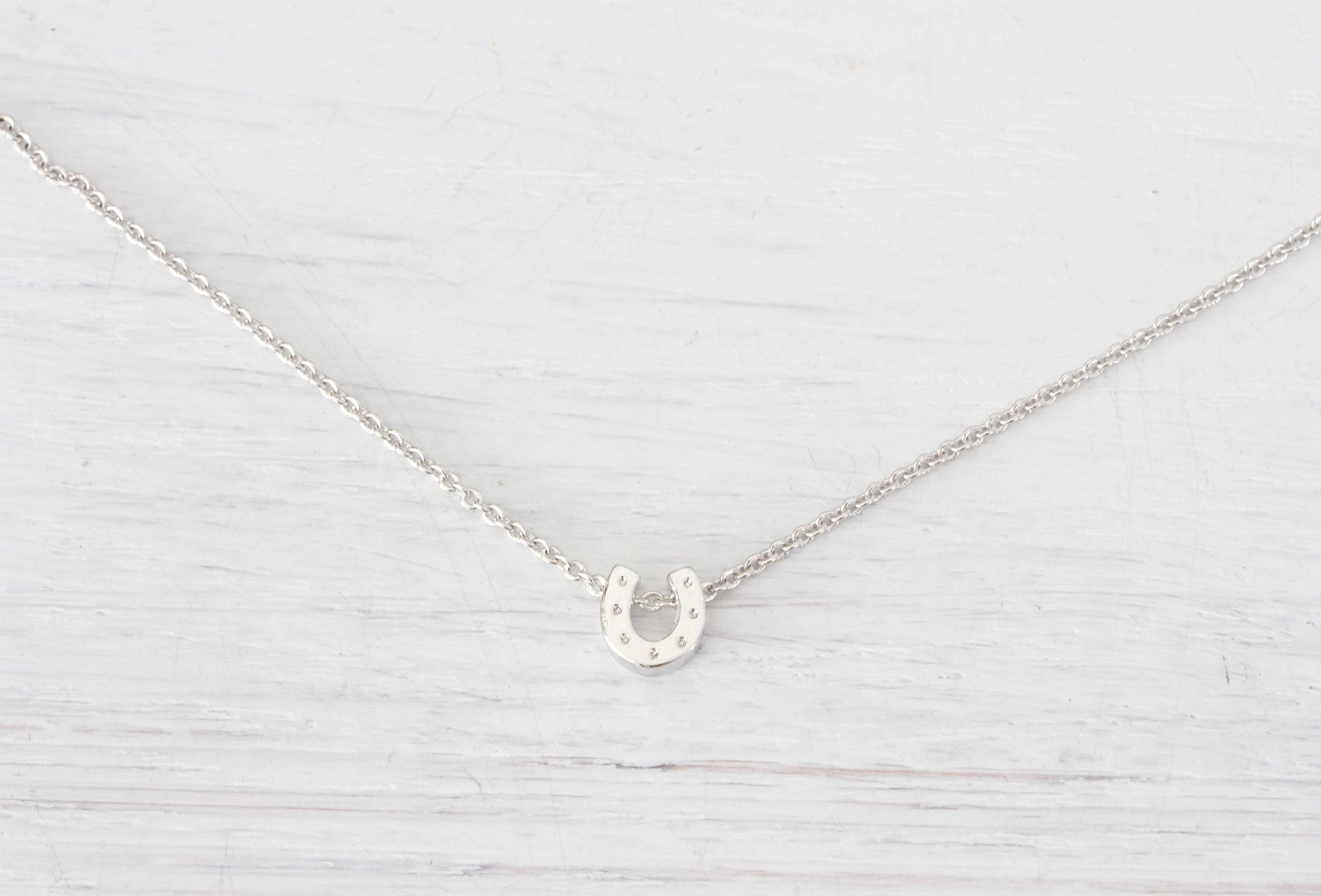 Tiny Silver Lucky Horseshoe Necklace, Small Mini Horse shoe Minimalist Charm Necklace Pendant Jewelry Dainty Simple Delicate - product_type] - Beautiz