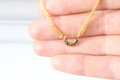 Gold Hammered Moon Phase Crescent Necklace - product_type] - Beautiz