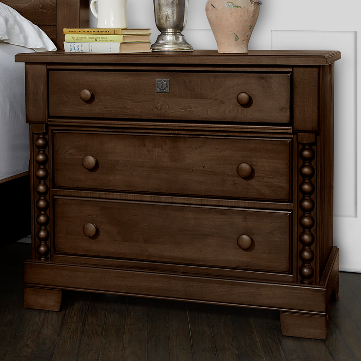 Scotsman Co. American Heirloom Collection Night Stand