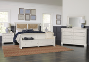 Scotsman Co. American Heirloom Collection Seagrass Bed with Elder's Bench Storage Footboard