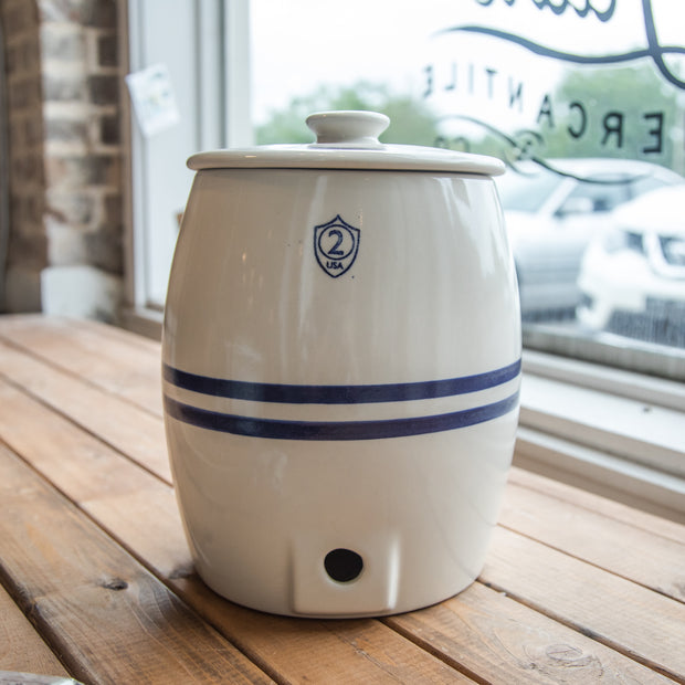 2 Gallon Crock Keg with Cover