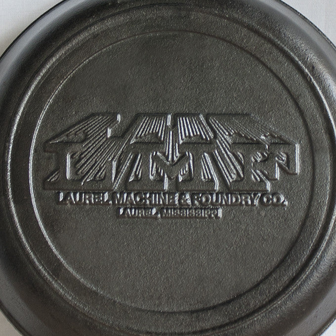 Laurel Machine & Foundry Co. Cast Iron Skillet