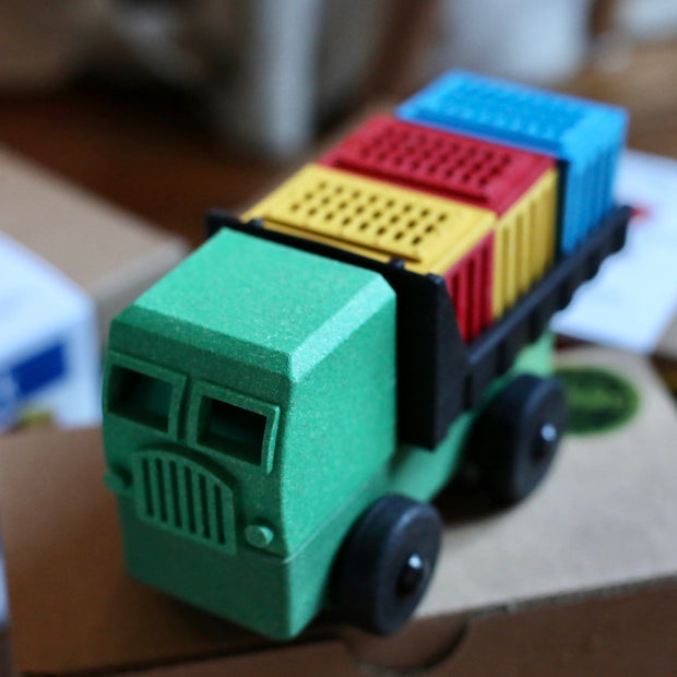 Luke's Toy Factory Classic Cargo Truck
