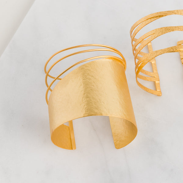 Slanted Stripe Cuff - Bracelet - FL Private Collection - Jewellery - Arlette Gold
