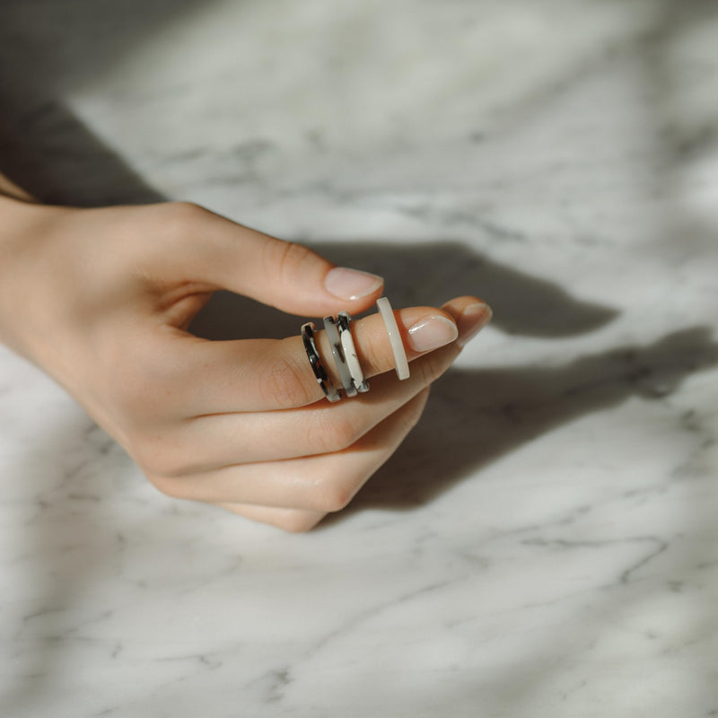 Amparo Ring - Berlin Black/White