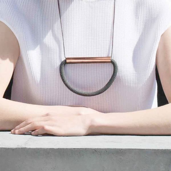 Maastricht Necklace Black - Necklace - AR.M Anna Rosa Moschouti - Jewellery - Arlette Gold