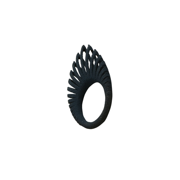 Black Hollow Leaf Ring - Ring - Iris Van Hulst - Jewellery - Arlette Gold