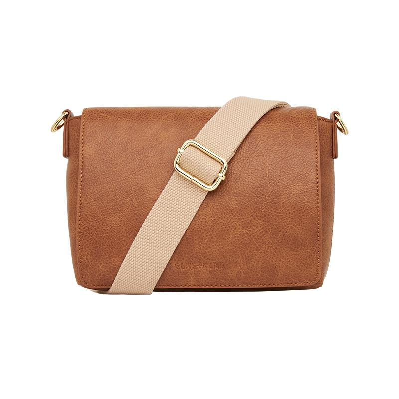Day Bag in Textured Tan