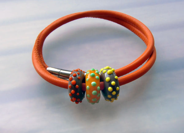 Art Glass on a Orange Leather Cord ♥ Handcrafted Lampwork Bead (3)