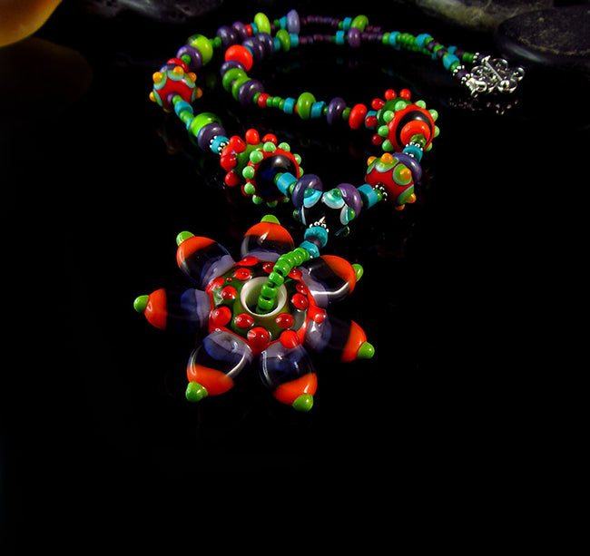 STARFLOWER - LAMPWORK MURANO GLASS NECKLACE/HALSKETTE