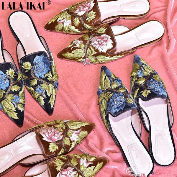 LALA IKAI Embroider Velvet Mules Pointed Toe Women Flats Flower Decoration Kendall GIGI Flats Fashion Women Shoes XWA0452-5