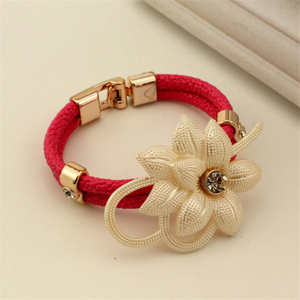 Flower Decorated Bracelet